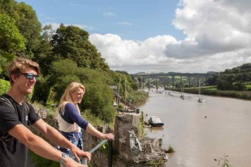 Couple walking from Calstock to Cotehele