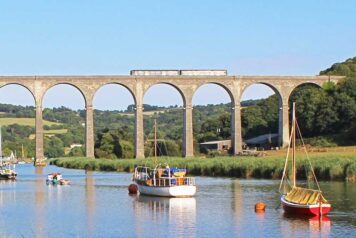 Train on Calstock Viaduct over the River Tamar