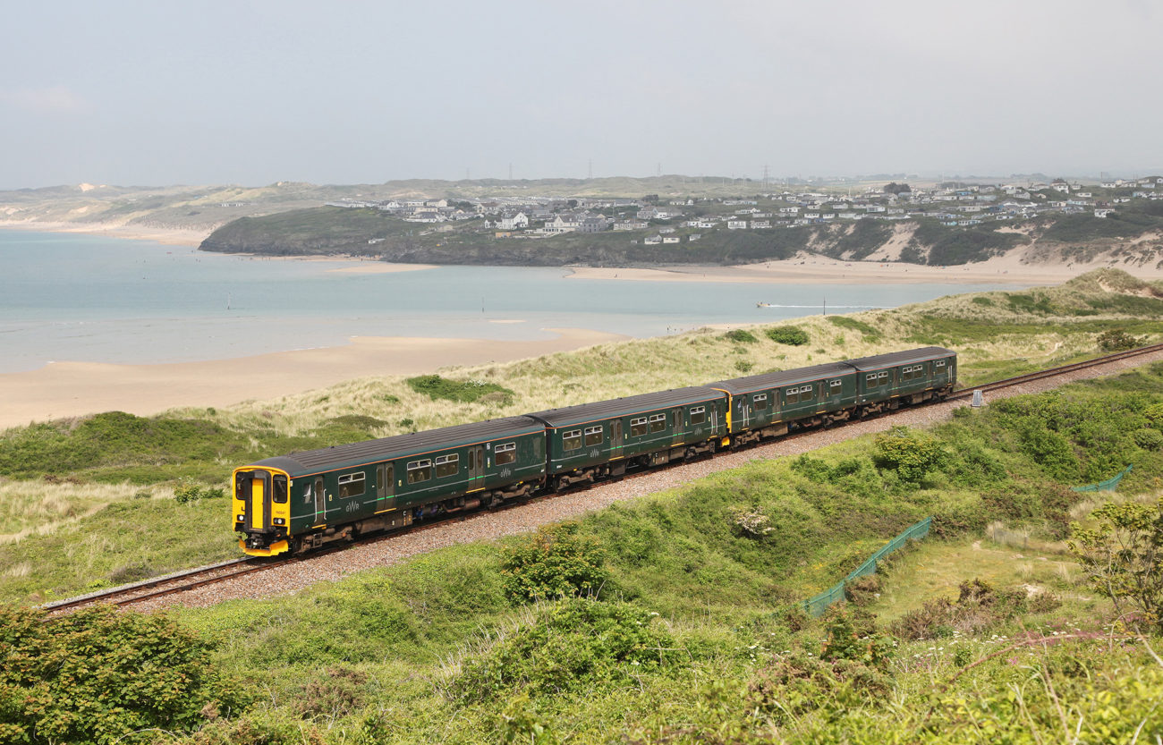 The st ives bay line great scenic railways for The ives