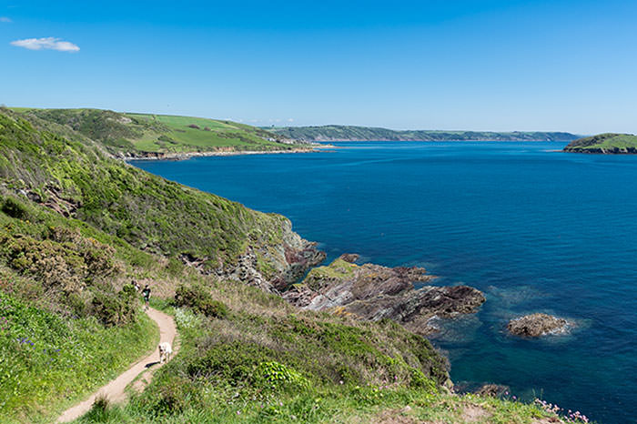Coastal path between Looe and Polperro
