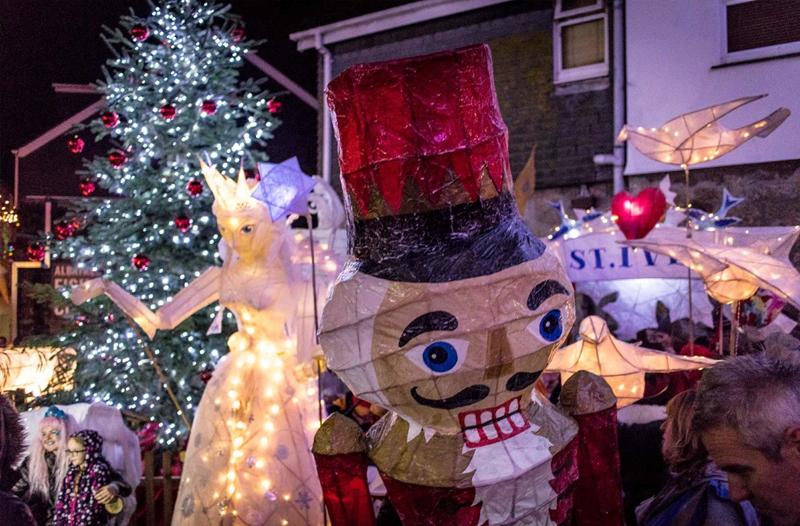 St Ives lantern parade