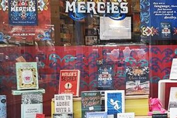 St Ives Bookseller shop window